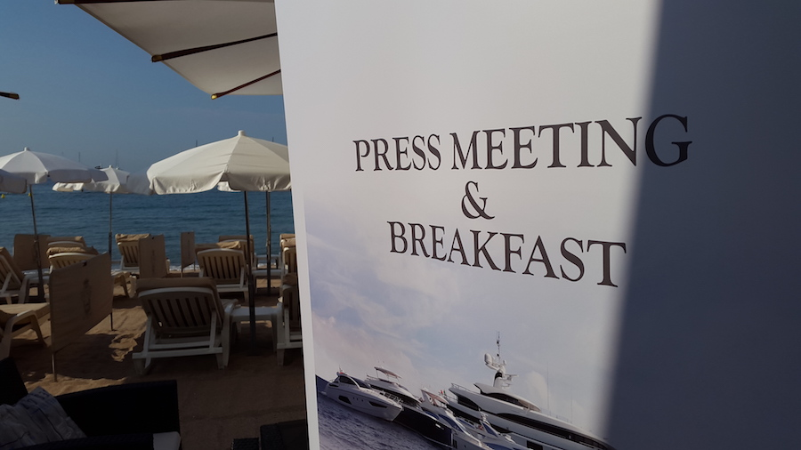 Find venue break fast cannes event
